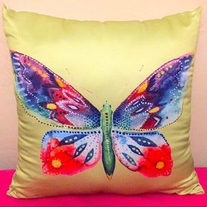 🆕 Butterfly Accent Pillows Set (2PK)